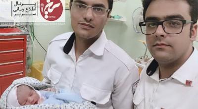 انجام زایمان طبیعی در داخل آمبولانس اورژانس ۱۱۵ سیریز